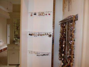 Ladies Jelwery Closet Accessories Alpha Closets Company Inc, 6084 Gulf Breeze Pkwy, Gulf Breeze, Fl 32563 (850) 934 9130